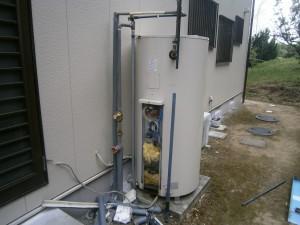 阿久比町 電気温水器取替工事 施工前