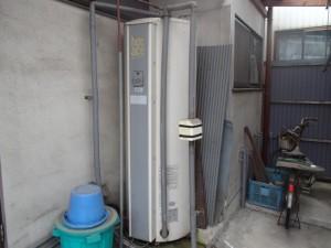 三菱電機温水器取替工事(名古屋市南区)施工前